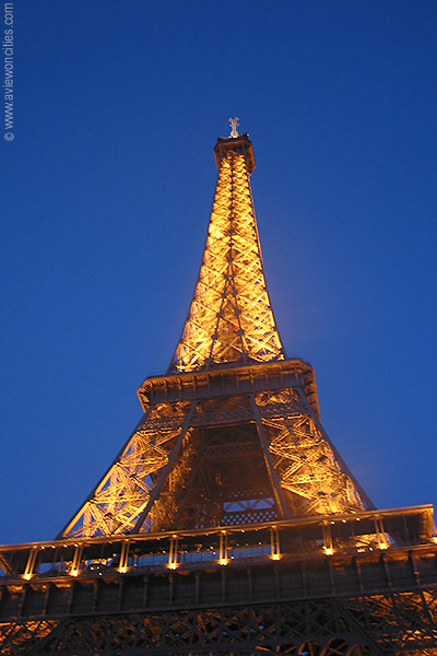 Wallpapers Company on High Definition Photo And Wallpapers  Eiffel Tower Wallpapers Eiffel