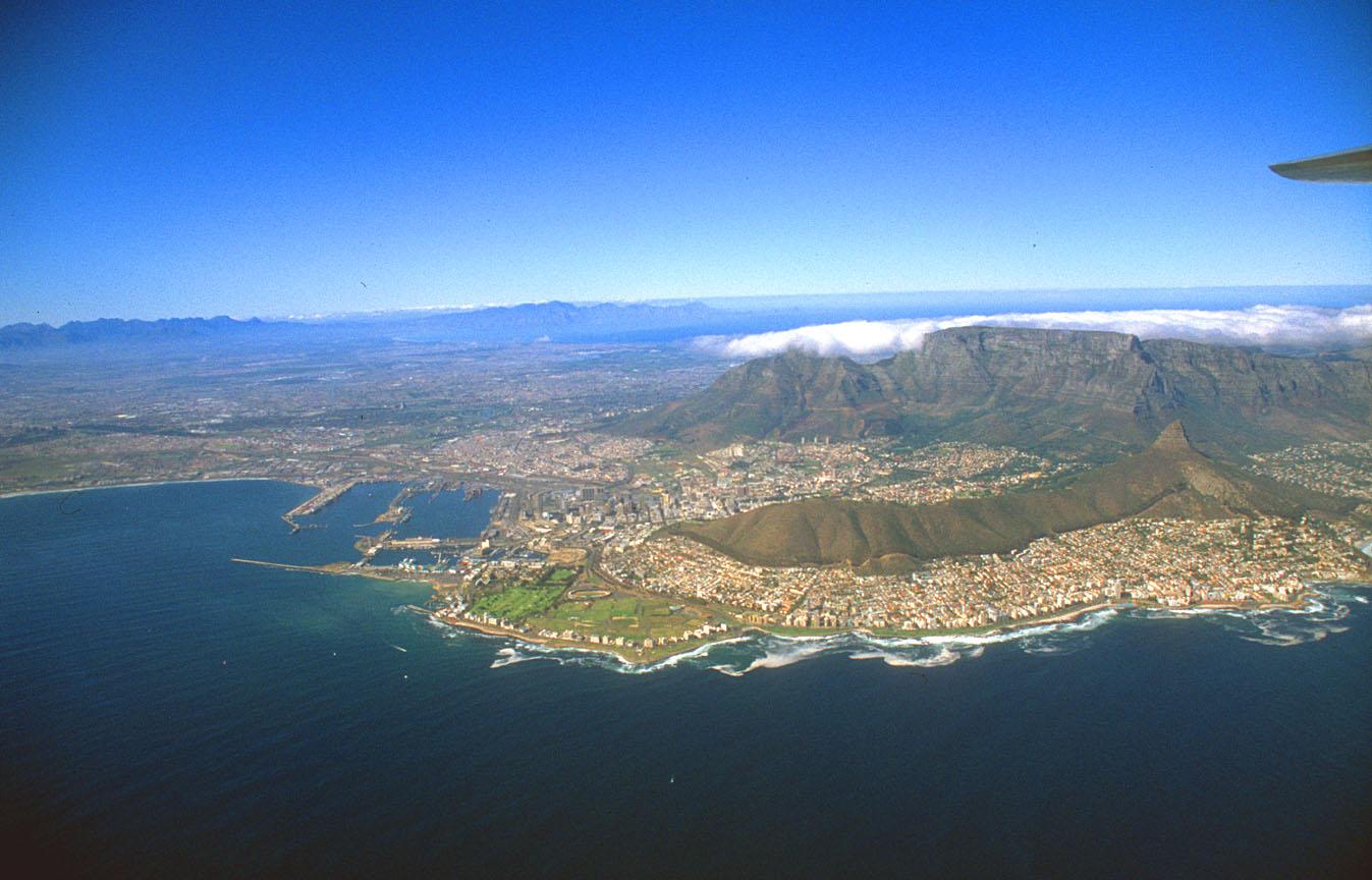 http://1.bp.blogspot.com/_EAViqbzwc_s/TKB_udJCpTI/AAAAAAAABOQ/jFbVRIjRsUs/s1600/Cape+Town+South+Africa+psuperos.jpg+%282%29.jpg