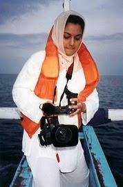 Marissa Haque dengan Underwater Camera di Riau