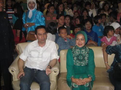 Airin R D,Diduga Selalu Jadi Mafia Hukum dalam Upaya Tuntutan & Gugatan Pilkada Banten 2006`