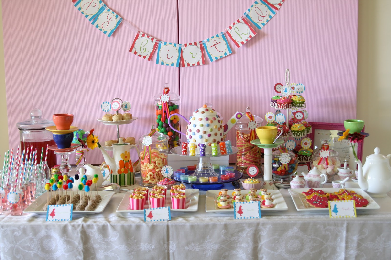 mad tea party - photo #46