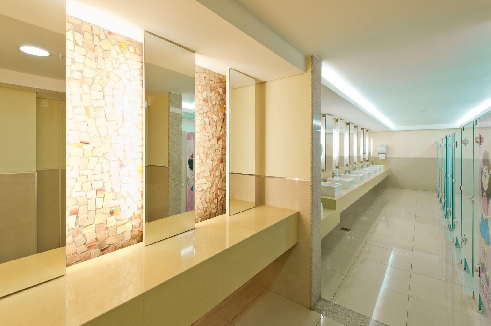 Arquiteto Daltônico: Novos banheiros do Taguatinga Shopping #6D4D1D 1600x1065 Banheiro De Arquiteto