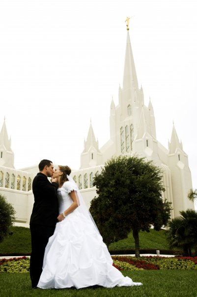 Wedding Have Been Ringing At Our House Jared Married Brittany On January 2nd 2010 In The San Diego Temple Jennilyn And Her Family Were Able To Come As