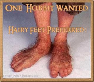 IMAGE(http://1.bp.blogspot.com/_EHepF1NuRGM/S2n3Aj87fSI/AAAAAAAAFMg/-S3sOaK_RTY/s320/hobbit_feet1.jpg)