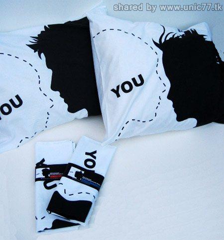 http://1.bp.blogspot.com/_EHi0bg7zYcQ/TJR46d9N7XI/AAAAAAAADzc/FhRG1z6saxk/s1600/single-pillow.jpg