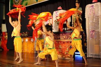 Ske Tadika children putting up a dance show