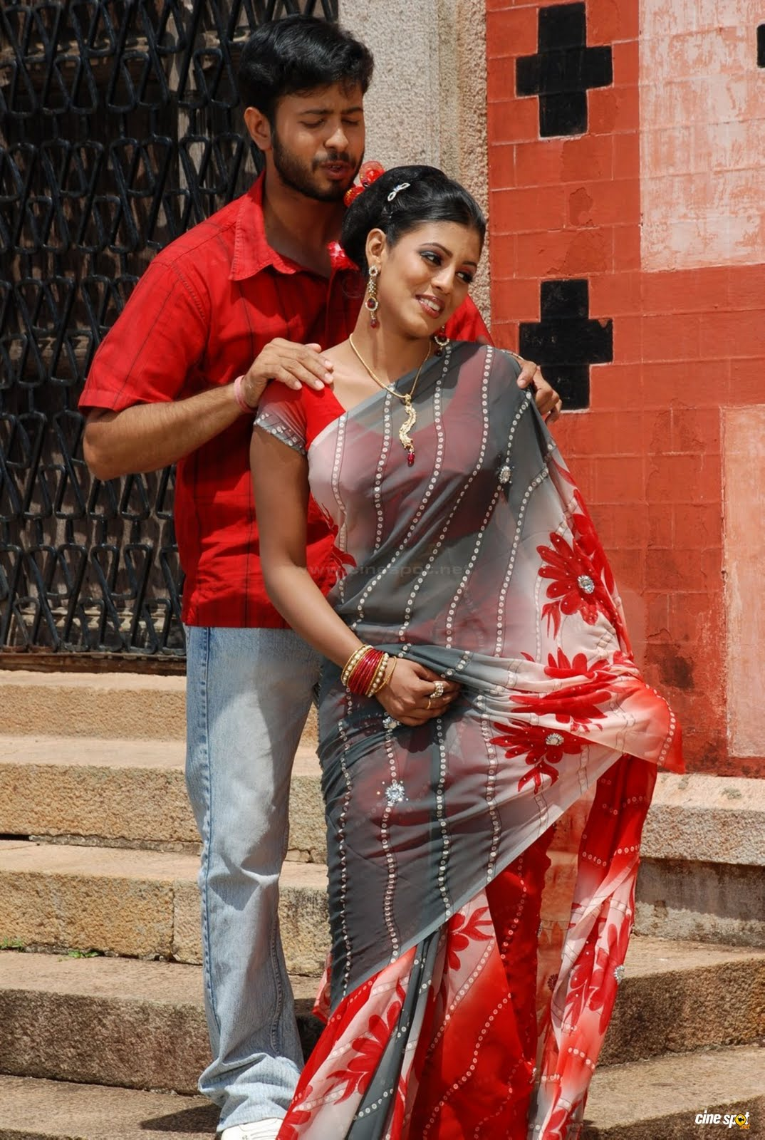 Padagasalai movie stills,photos,Padagasalai movie stills,Padagasalai movie pics,Padagasalai movie gallery stills,Padagasalai movie images