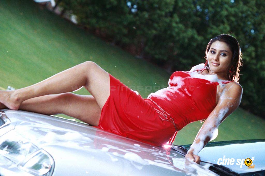 http://1.bp.blogspot.com/_EJa8j2CAxpw/S_QkEojcK_I/AAAAAAAAF-o/Qrg-MZXh_mE/s1600/Namitha+in+Mosagallaku+Mosagadu+Sexy+Photos+Namitha+Hot+sexy+Pics+%282%29.jpg