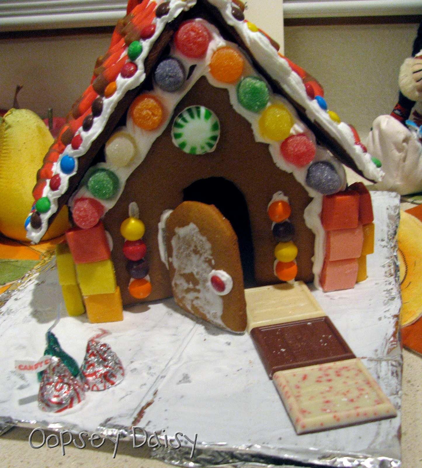 Gingerbread House Oopsey Daisy - Gingerbread house garage