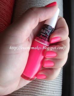 Esmalte da cor rosa fosco impala