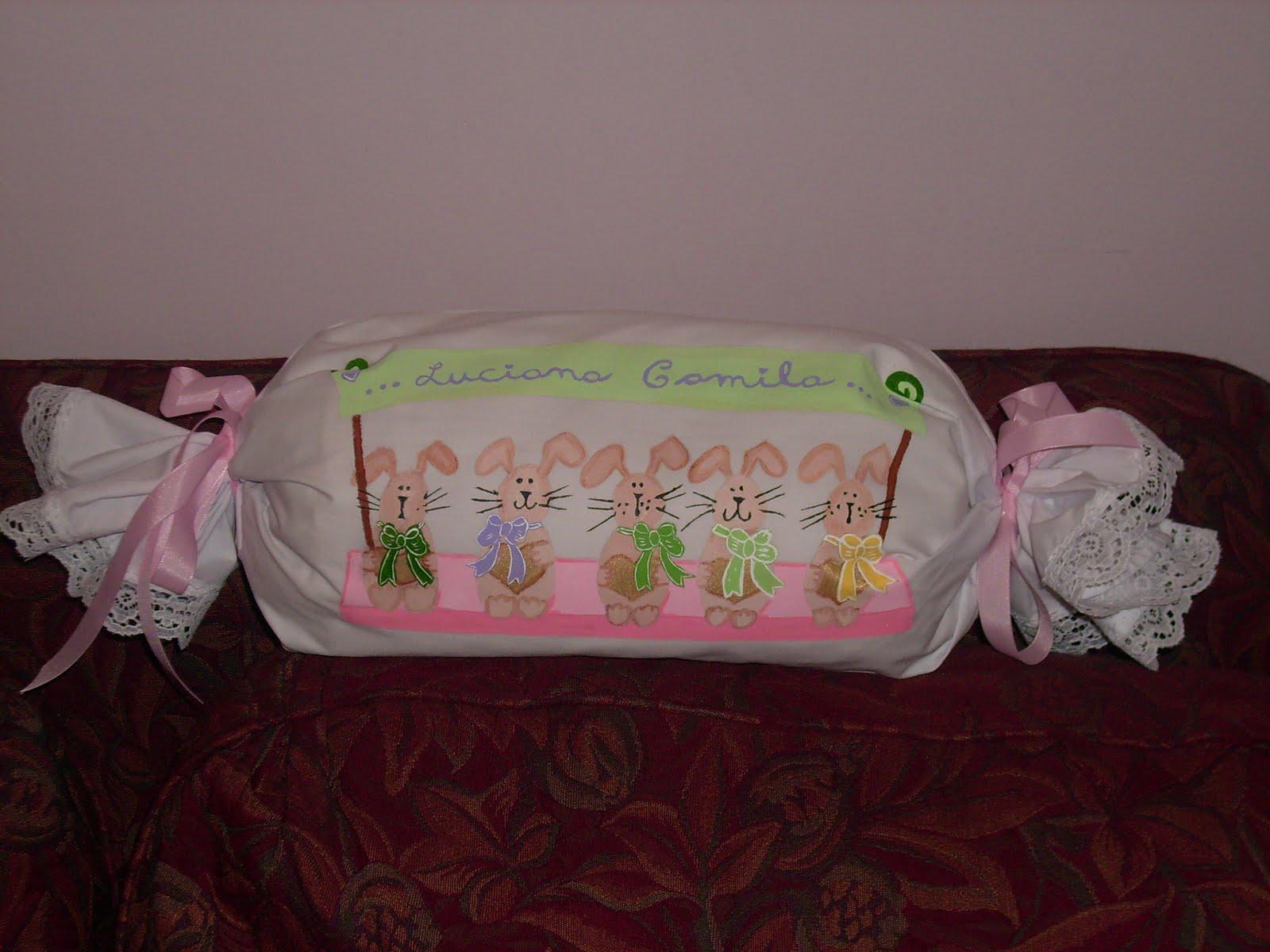 Set De Baño Para Souvenir: Fría, Madera y Tela: Almohada Caramelo & Set de Baño & Reloj