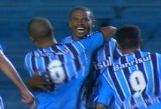 Grêmio vence o São Paulo por 1 a 0 na estréia