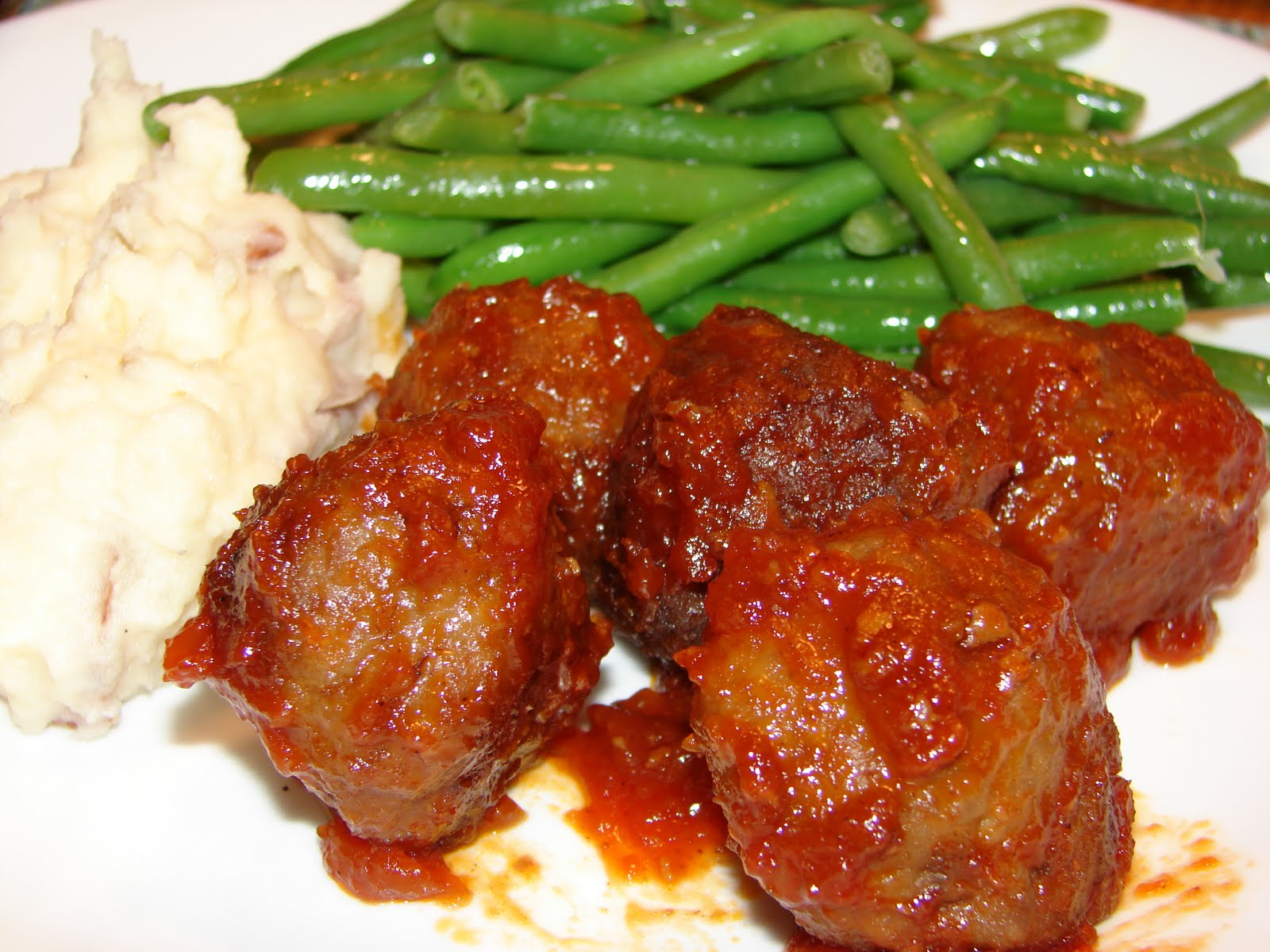 Bear in the Kitchen: Pioneer Woman's BBQ Meatballs (Freezer Meal)