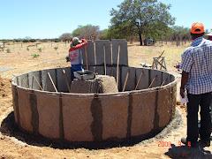 A colocação das placas da cisterna