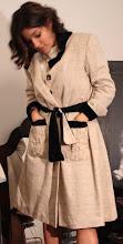 Abrigo en seda y algodón con cinto de potro