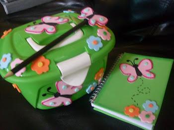 KIT maleta + caderneta + lápis