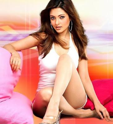 Riya Sen sexy pic