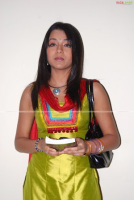 Actress Trisha hot picture