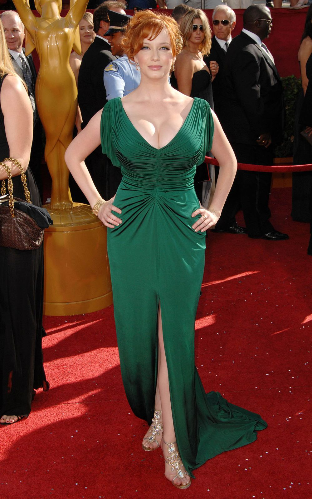 comment boos sized skinny arms neck curves sized acting Christina Hendricks