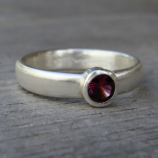 garnet silver ring