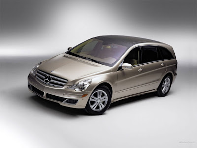 Mercedes Benz R Class 2010 in India : Specs, Price &amp; Review