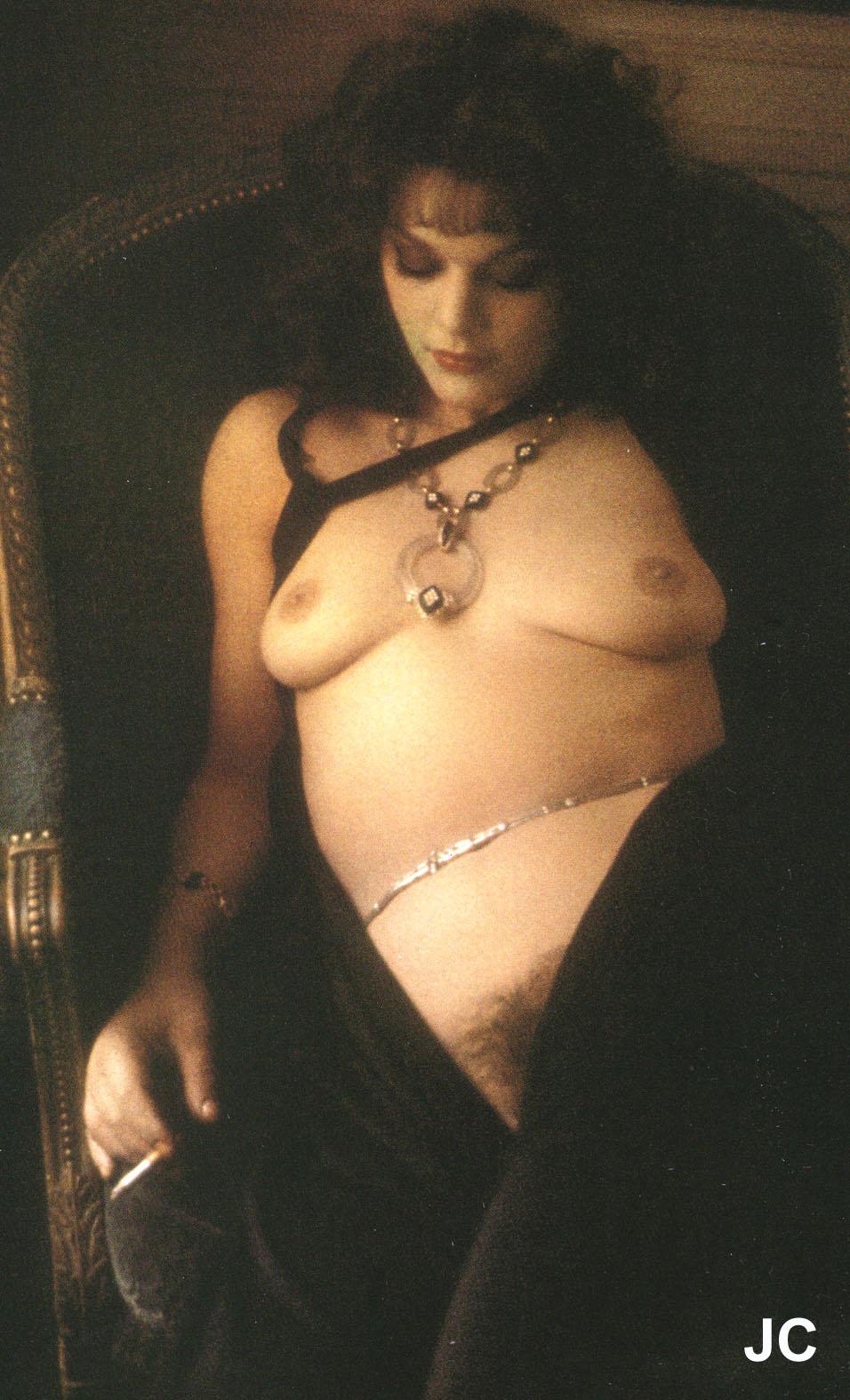 Яблочко tina majorino nude naked very talented