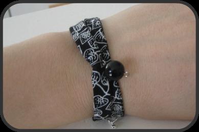 nkitkat fabric bracelet bracelet en tissu. Black Bedroom Furniture Sets. Home Design Ideas