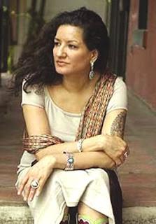 Sandra cisneros straw into gold essay