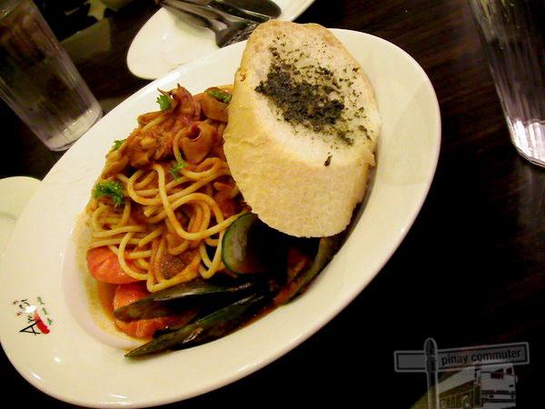 Amici,Pizza,Pasta,Gelato,Food,Restaurant,Tomas Morato,Manila,Philippines,Pinay Commuter,Noemie Lacay