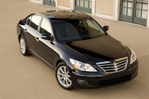peyton cintrons: Review 2010 Hyundai Genesis