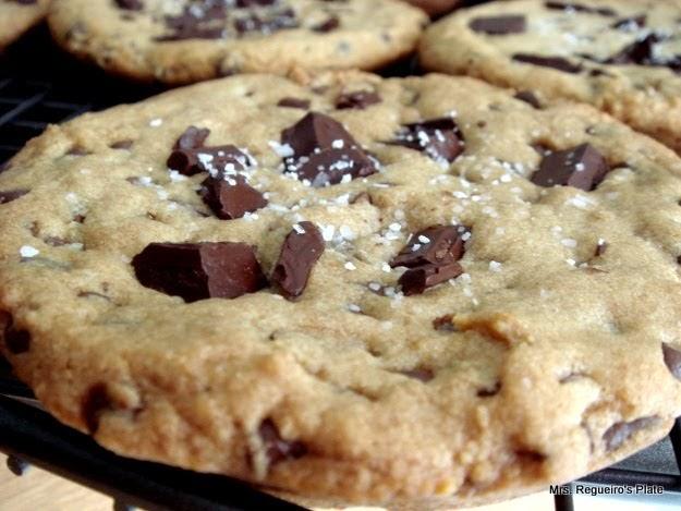... Plate: Salted Caramel Dark Chocolate Chunk Cookie - The LA Cookie