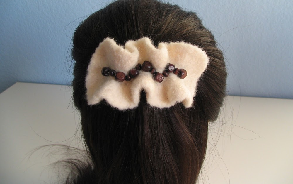 Crochet Rose Hair Clip Pattern : Wind Rose Fiber Studio: Felted Hair Clip - Free Crochet Pattern