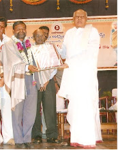 Dr P J Sudhakar receiving Award from AP Cheif Minister Dr K Rosiah