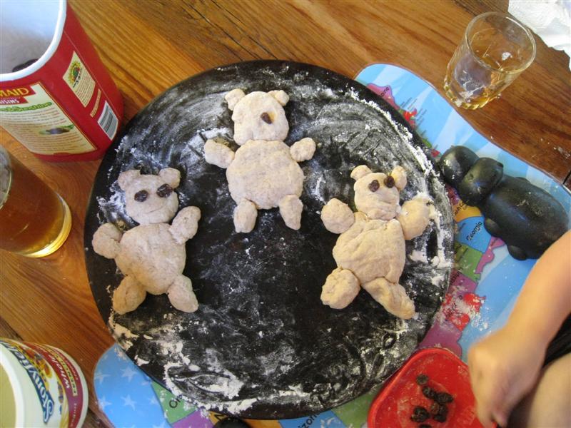 Teddy Bear Bread (Photo from Chasing Cheerios)