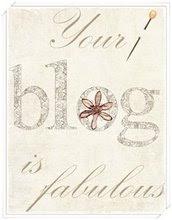 Den här Awarden fick jag från en härlig tjej med bloggen Love & be proud