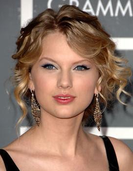 http://1.bp.blogspot.com/_EcnS4VWJ3Mg/S6UxvAGd1jI/AAAAAAAACpE/gUGtZMESm1A/s400/Taylor+Swift+Hairstyles5.jpg