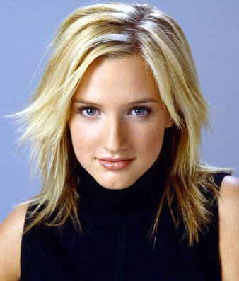 short blonde hairstyles 2011. short blonde hairstyles 2011