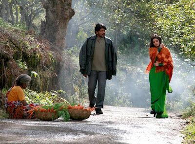 Parthiban and Chaya Singh in Kollywood Movie Vallamai Thaaraayo