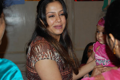 Diya is said to be a very bubbly girl and Surya and Jyotika take turns in looking after little Diya.