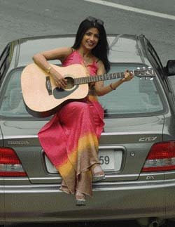 Singer Shibani Kashyap on International Tour