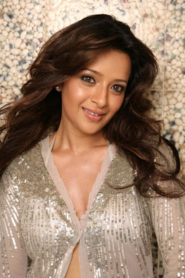 SouthIndian Actress Reema Sen Hot and sexy gallery