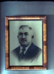 el  abuelo Domingo Palferro