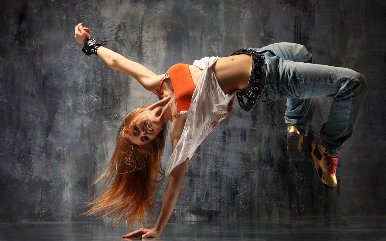 http://1.bp.blogspot.com/_Eicyg-NaRjU/TUlv4JZrK6I/AAAAAAAAAAs/EPMmsq1-Evs/s1600/girl_breakdance_hd_widescreen_wallpapers_1280x800%255B1%255D.jpg
