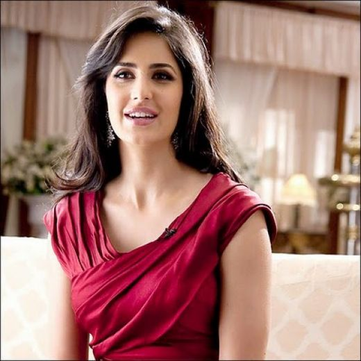 Katrina Kaif New look,Western DressesOnline for Katrina Bollywood Girl