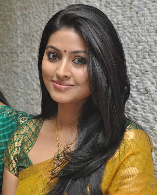 Stars Club Worldwide Actress Sneha Photos Latest Sneha