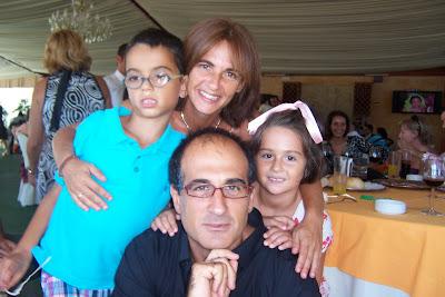 Dani, Noe , papá y mamá