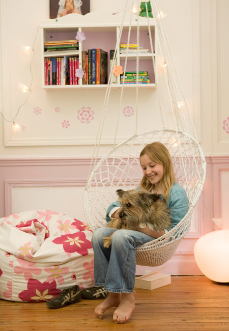 the boo and the boy reading nooks for kids part 3. Black Bedroom Furniture Sets. Home Design Ideas