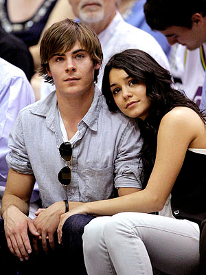 vanessa hudgens and zac efron kissing in bed. vanessa hudgens and zac efron kissing in bed