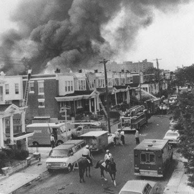 http://1.bp.blogspot.com/_EjYtO28-Nk4/S2N9jc0O1lI/AAAAAAAAB8M/AQSYDfjalC4/s400/1985_move_bombing1.jpg