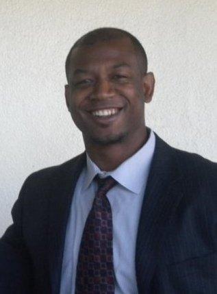 Heshimu Colar, Pastor